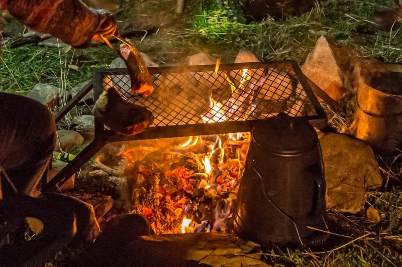 camp fire2